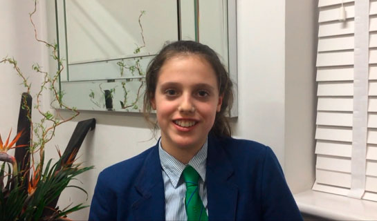Watch Video Testimonials: Watch one of our teenage patients describe their experience with fixed braces and how they managed with brace treatment over the last 18 months. Patient 4